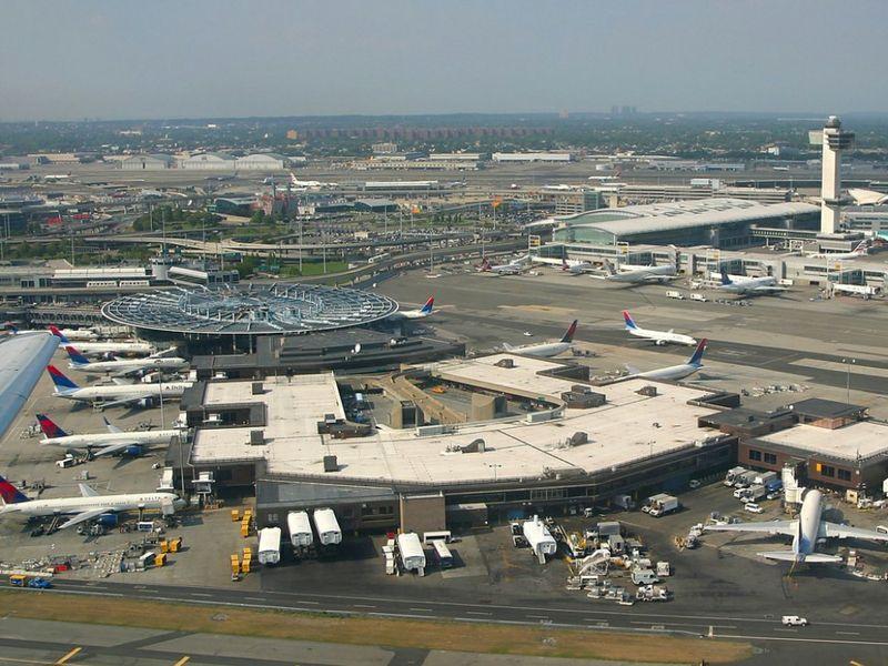 Aeroporto New York Jfk : Uragano verso new york cancellati migliaia di voli ttg