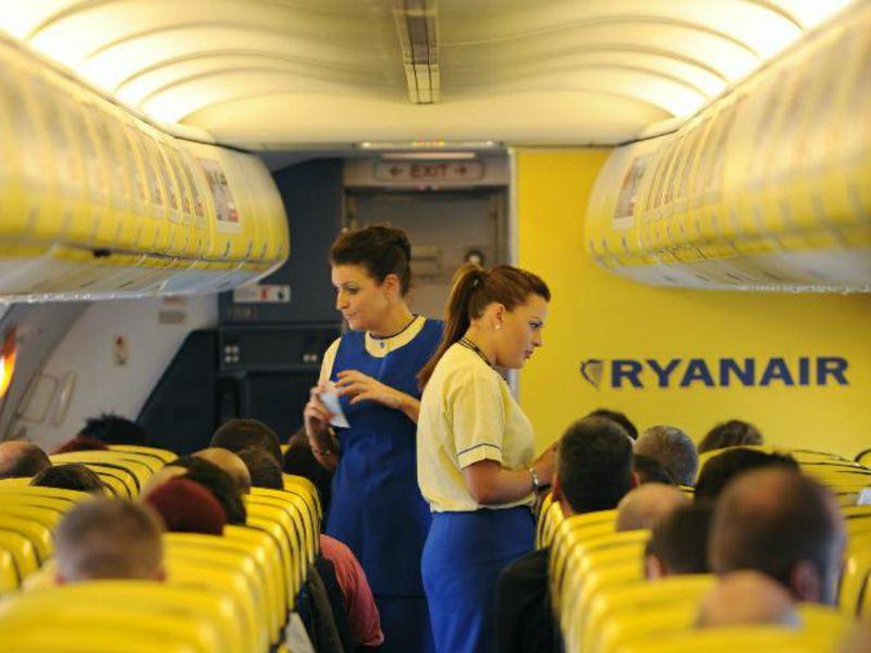 Recruiting Ryanair, la ricerca personale continua nel mese di giugno  TTG Italia
