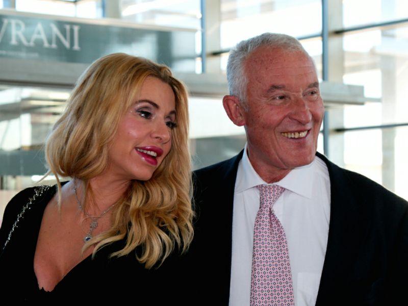Ernesto Preatoni con Valeria Marini